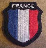 Un du 8ème RPIMA répond à la presse sur le fameux insigne « nazi » d'un soldat français 6188747-9247010