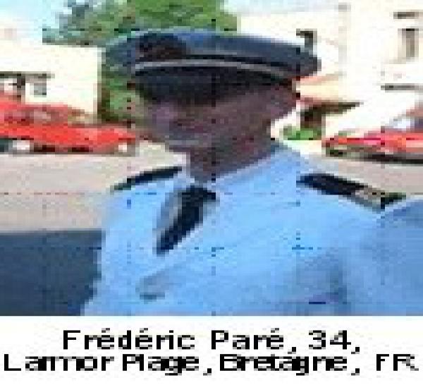 25/08/06 Premier-Maître (infirmier) Frédéric PARE (34 ans) Commando Marine