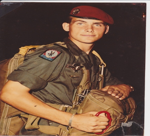 01/12/83 Chasseur Parachutiste Pascal GALLAIS (1er RCP)