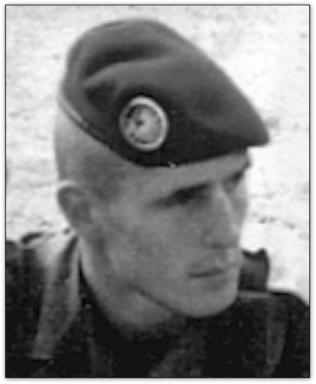 """29/05/93 Sous-Lieutenant Efflam HUON de PENANS  (dit """"de Penanster"""") (21 ans) 1 enfant 9ème RCP"""