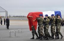 Cérémonie d'hommage aux soldats français décédés au Gabon