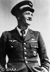 04/02/45 - Commandant MARIN la MESLEE ( 33 ans) pilote de chasse