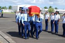 12/01/2010 - 2 gendarmes français tués dans le séisme en Haiti