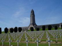 Le mémorial de Verdun profané !