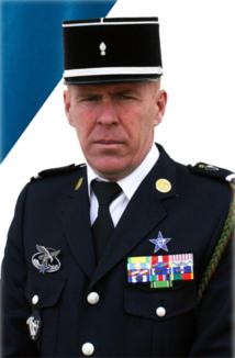HONNEUR à l'Adjudant-chef Franck BOUZET qui vient de tomber en Afghanistan