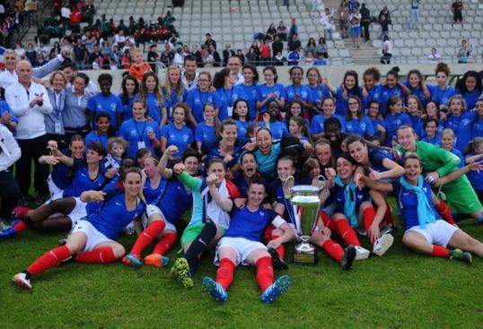 L'équipe de France…… militaire féminine de football sacrée championne du monde de football