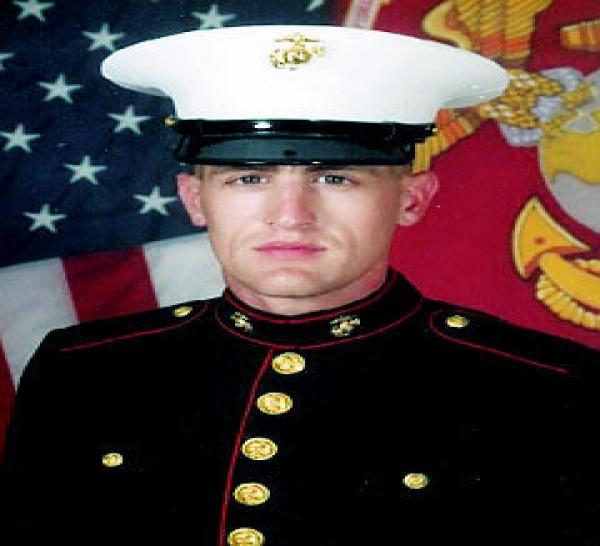 Un marine tué par l'explosion d'une bombe en Afghanistan