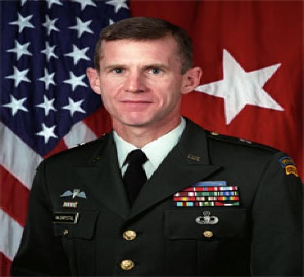 Le général américain Stanley McChrystal nouveau chef des forces alliées en Afghanistan